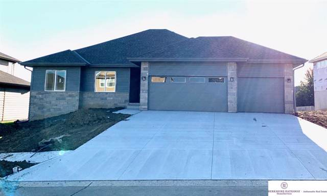 8605 N 173 Street, Bennington, NE 68007 (MLS #21920905) :: The Briley Team