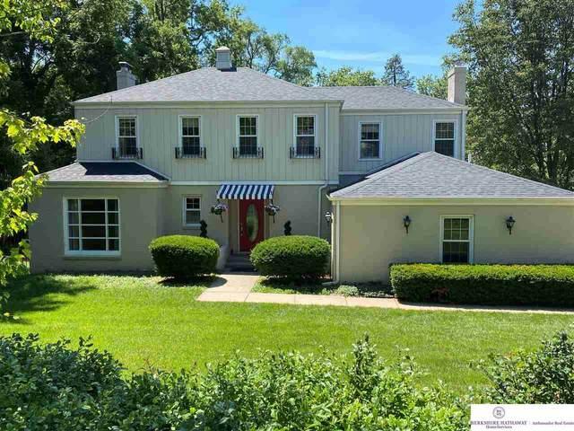 8011 Woolworth Avenue, Omaha, NE 68124 (MLS #22005894) :: Stuart & Associates Real Estate Group
