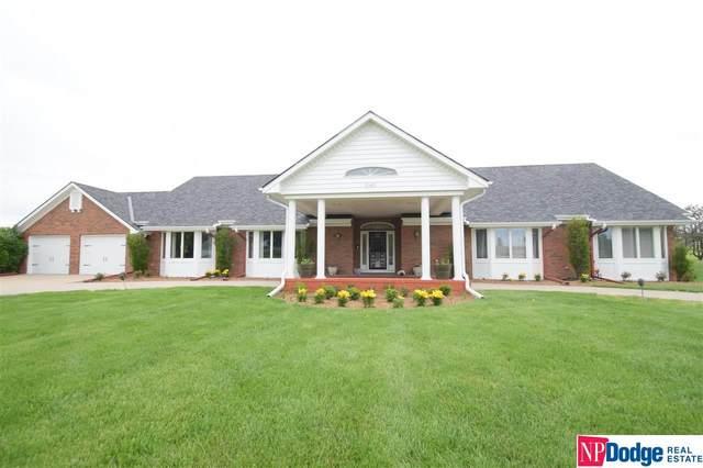 5145 S 184 Plaza, Omaha, NE 68135 (MLS #22007099) :: Catalyst Real Estate Group