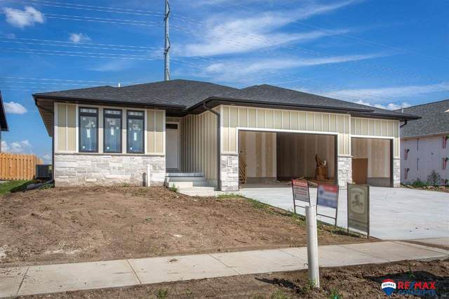 6512 Las Verdes Lane, Lincoln, NE 68523 (MLS #22009455) :: Dodge County Realty Group