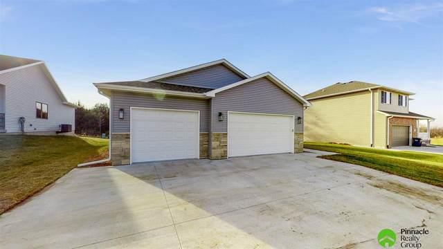 7811 Renatta Drive, Lincoln, NE 68516 (MLS #22028909) :: Dodge County Realty Group