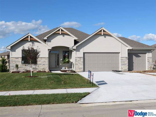 18714 California Street, Elkhorn, NE 68022 (MLS #21821870) :: Capital City Realty Group