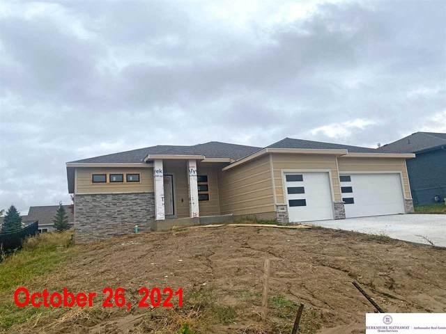 11606 Schirra Street, Papillion, NE 68046 (MLS #22016159) :: The Briley Team
