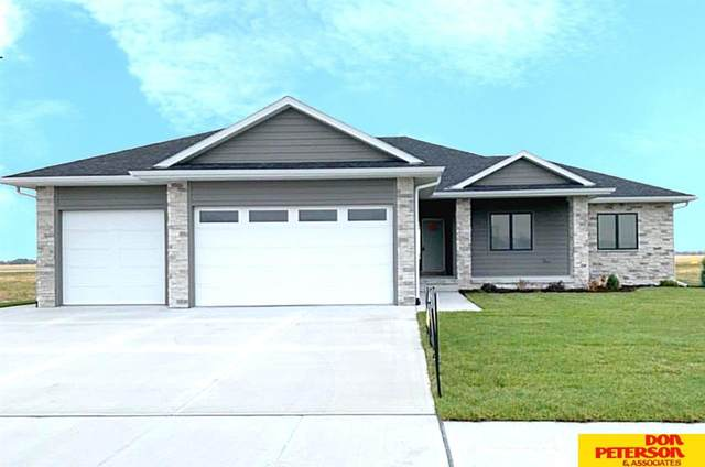 2735 Samuel Drive, Fremont, NE 68025 (MLS #22018873) :: Omaha Real Estate Group