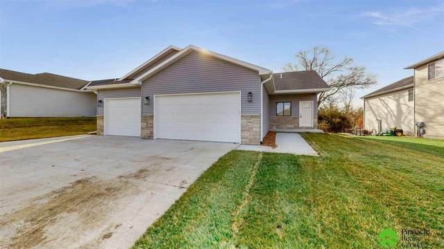 7811 Renatta Drive, Lincoln, NE 68516 (MLS #22028909) :: Stuart & Associates Real Estate Group