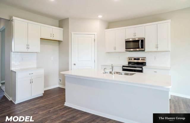 6421 Centennial Road, Papillion, NE 68157 (MLS #22119049) :: Lincoln Select Real Estate Group
