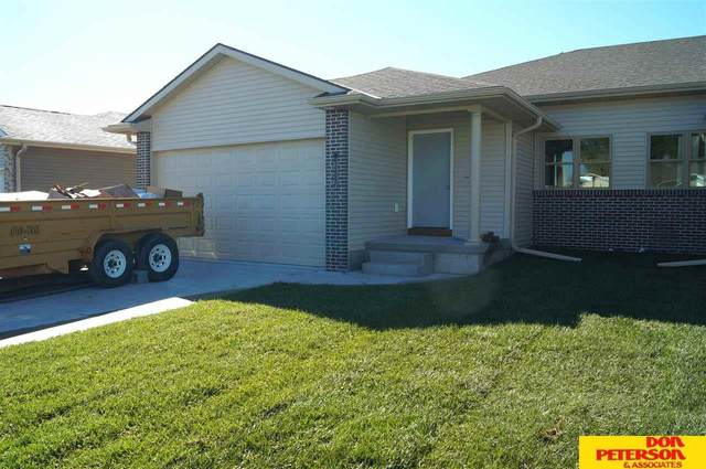 1743 Victoria Lane, Fremont, NE 68025 (MLS #22120408) :: Don Peterson & Associates