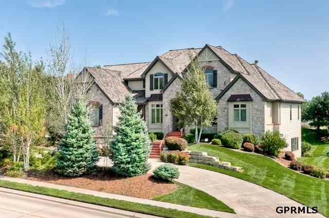 13650 Hamilton, Omaha, NE 68154 (MLS #21110227) :: Omaha's Elite Real Estate Group