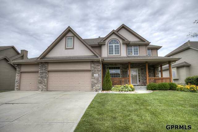705 S 196 Avenue, Elkhorn, NE 68022 (MLS #21210266) :: Omaha's Elite Real Estate Group