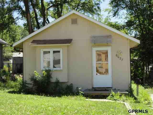 6027 Parker Street, Omaha, NE 68104 (MLS #21211980) :: Omaha's Elite Real Estate Group