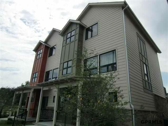 2042 N 24th Street, Omaha, NE 68110 (MLS #21214103) :: Omaha's Elite Real Estate Group
