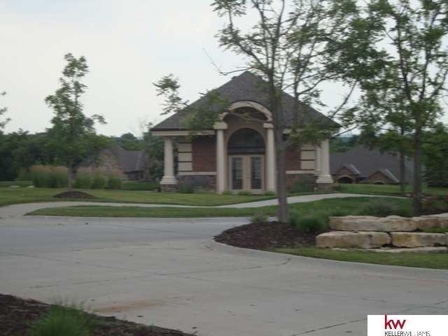 23515 P Street, Elkhorn, NE 68022 (MLS #21419353) :: Omaha's Elite Real Estate Group