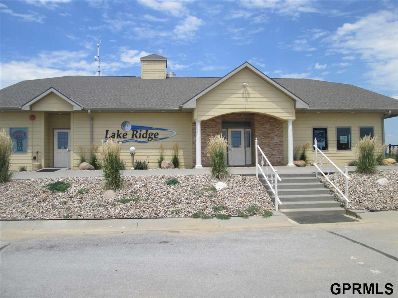 8620 Lakeridge Drive - Photo 1
