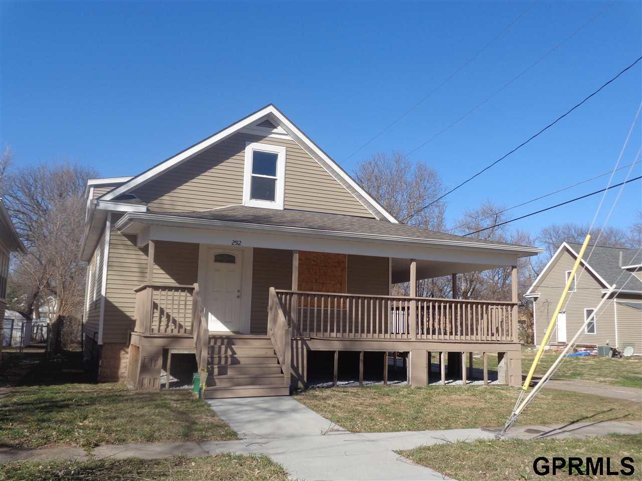 2512 ohio street omaha ne 68111 mls 21704115 for Nebraska home builders