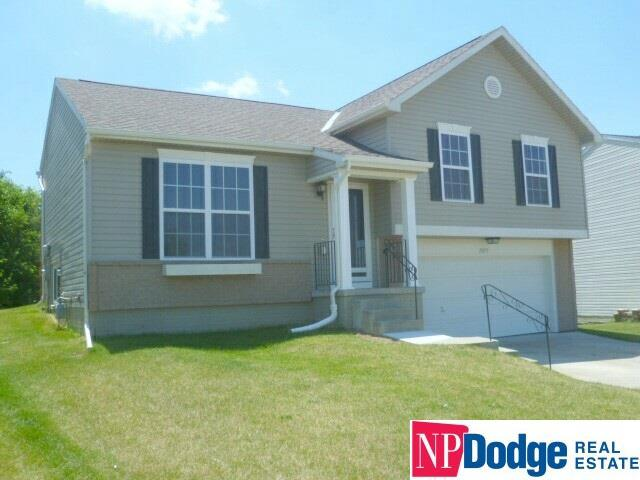 11209 Girard Street, Omaha, NE 68142 (MLS #21711270) :: Omaha's Elite Real Estate Group