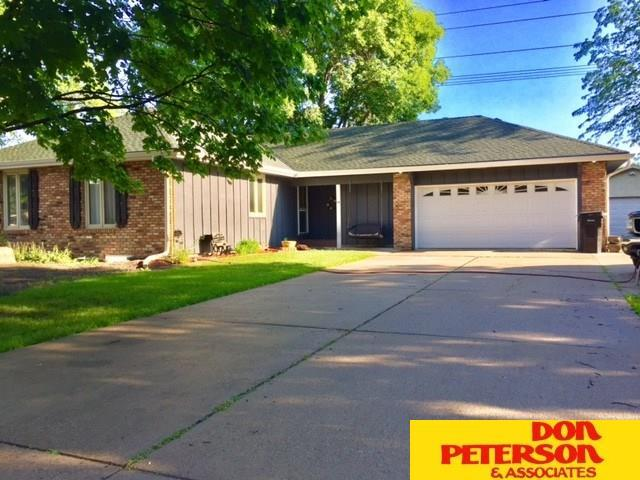 1116 Jones Drive, Fremont, NE 68025 (MLS #21711650) :: Nebraska Home Sales