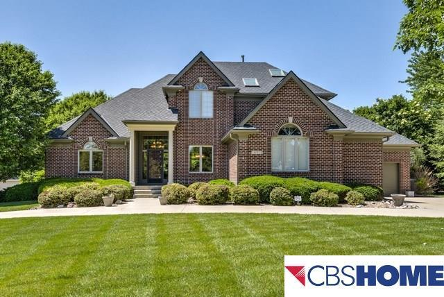 15712 Burt Street, Omaha, NE 68118 (MLS #21711681) :: Omaha's Elite Real Estate Group