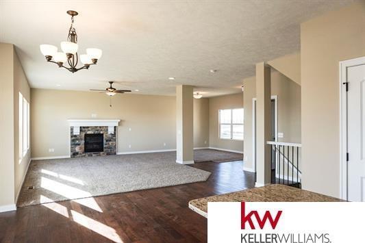 7705 S 194th Avenue, Gretna, NE 68028 (MLS #21711698) :: Omaha's Elite Real Estate Group