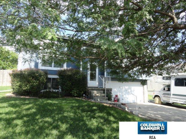 10805 S 17 Street, Bellevue, NE 68123 (MLS #21711740) :: Omaha's Elite Real Estate Group