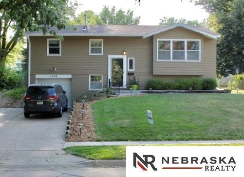 5406 N 69th Street, Omaha, NE 68104 (MLS #21715168) :: Omaha's Elite Real Estate Group