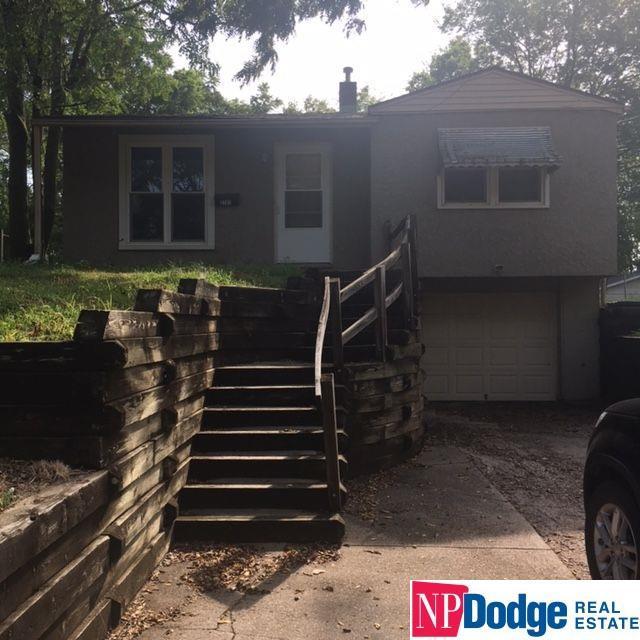2701 Hancock Street, Bellevue, NE 68005 (MLS #21715468) :: Nebraska Home Sales