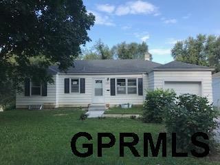 6702 N 35th Street, Omaha, NE 68112 (MLS #21717287) :: Omaha's Elite Real Estate Group