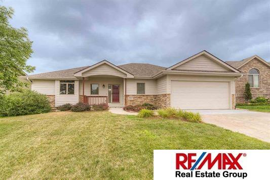 4905 Chennault Street, Papillion, NE 68133 (MLS #21717296) :: Omaha's Elite Real Estate Group