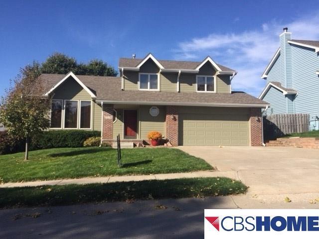 2718 N 154 Avenue, Omaha, NE 68116 (MLS #21719107) :: Nebraska Home Sales