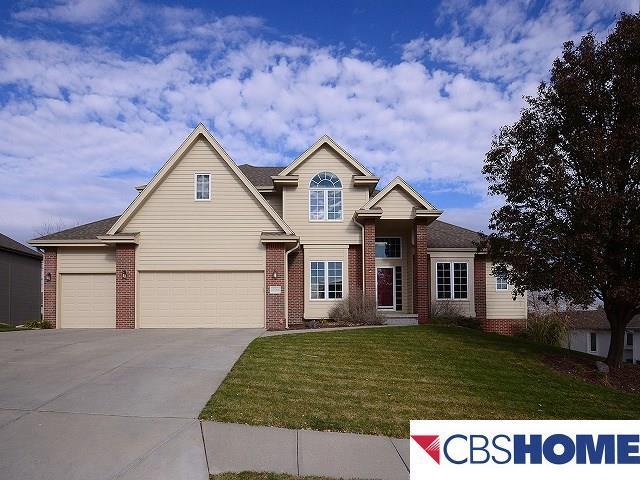 17008 Oakmont Drive, Omaha, NE 68136 (MLS #21720156) :: Omaha Real Estate Group