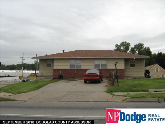 5942 Grover Street, Omaha, NE 68106 (MLS #21720641) :: Herg Group Omaha