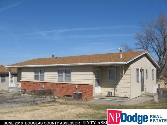5936 Grover Street, Omaha, NE 68106 (MLS #21720643) :: Herg Group Omaha
