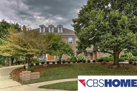 9756 Ascot, Omaha, NE 68114 (MLS #21721867) :: Omaha's Elite Real Estate Group