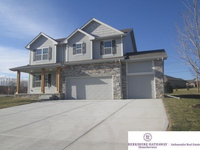 5708 N 154 Avenue, Omaha, NE 68116 (MLS #21800514) :: Omaha's Elite Real Estate Group