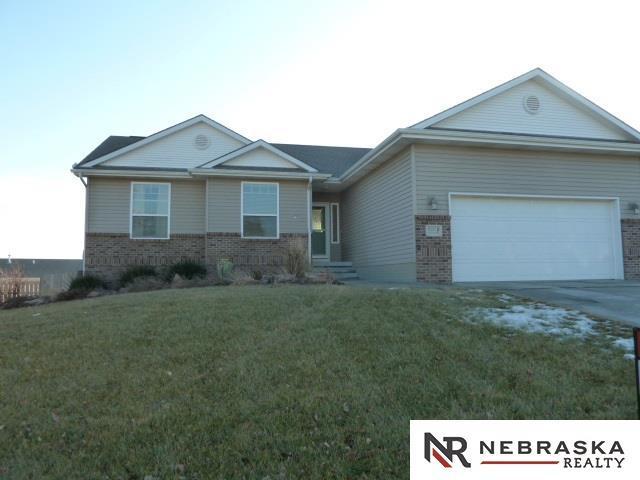 21213 Stonehaven Court, Gretna, NE 68028 (MLS #21800990) :: Nebraska Home Sales