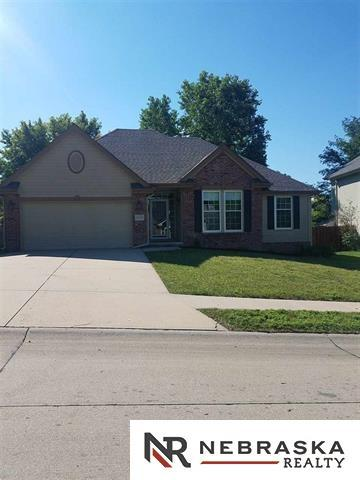 16629 Ames Avenue, Omaha, NE 68116 (MLS #21801524) :: Omaha's Elite Real Estate Group