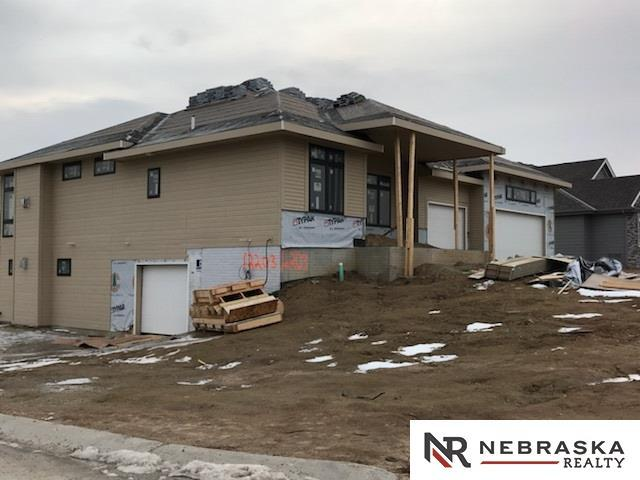 12203 Freeboard Drive, Papillion, NE 68046 (MLS #21801756) :: Omaha's Elite Real Estate Group