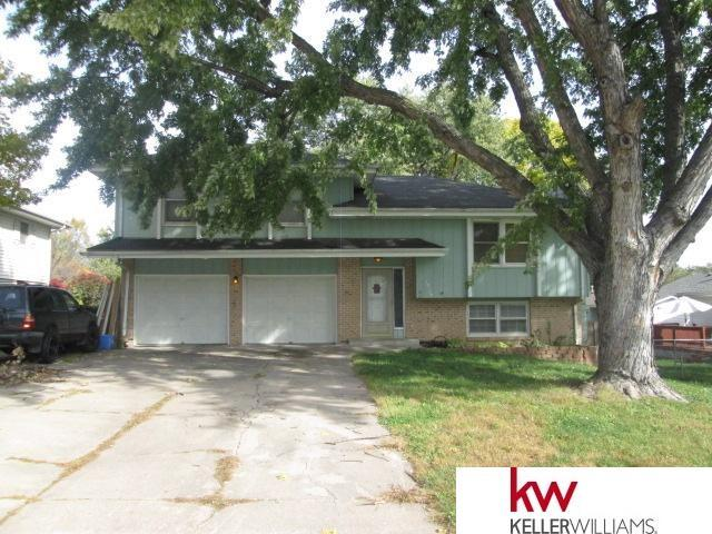 10516 S Circle, Omaha, NE 68127 (MLS #21802172) :: Omaha's Elite Real Estate Group