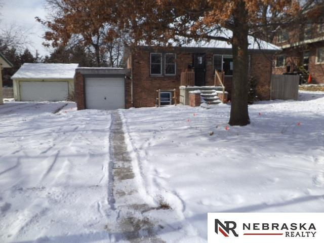 4412 N 62 Street, Omaha, NE 68104 (MLS #21802279) :: Omaha's Elite Real Estate Group