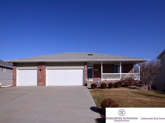 15714 Timberlane Drive, Omaha, NE 68136 (MLS #21802870) :: Omaha Real Estate Group