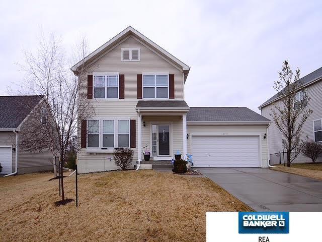 2312 Walnut Creek Drive, Papillion, NE 68046 (MLS #21804011) :: Omaha's Elite Real Estate Group