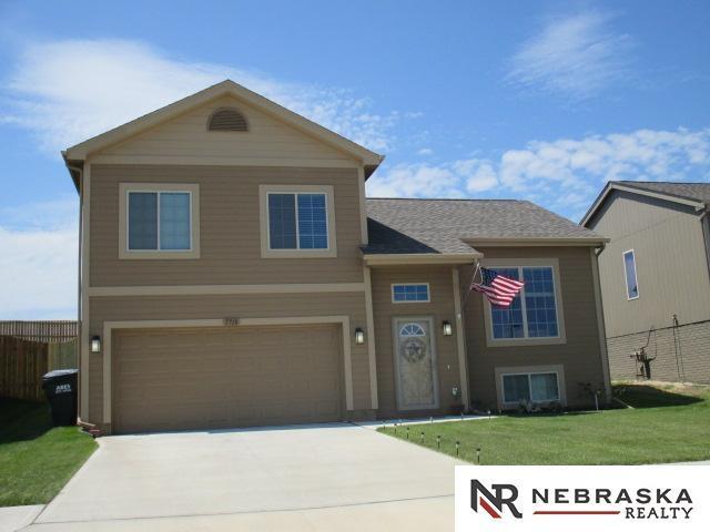 7718 N 147 Street, Bennington, NE 68007 (MLS #21804507) :: Nebraska Home Sales