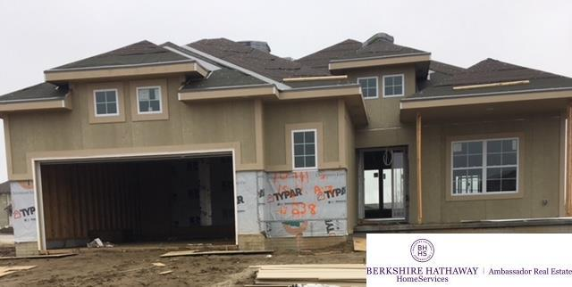 10911 S 186 Avenue, Omaha, NE 68136 (MLS #21804556) :: Complete Real Estate Group