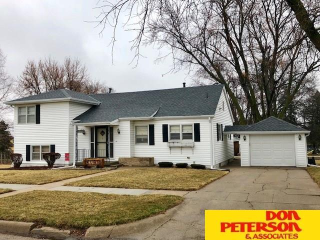 540 N 8th, Arlington, NE 68002 (MLS #21804637) :: Nebraska Home Sales