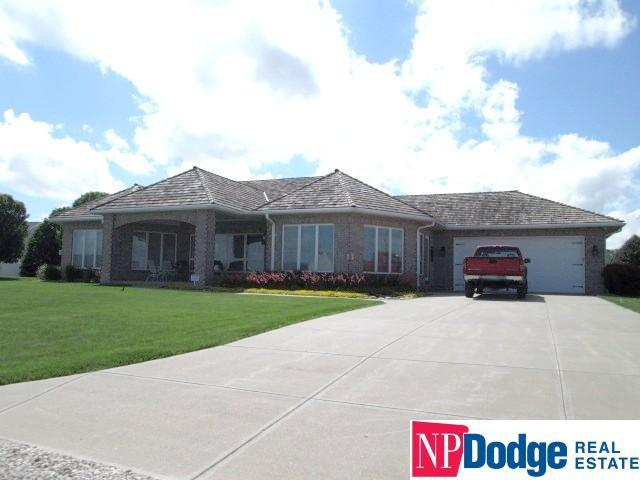 14951 State Street, Bennington, NE 68008 (MLS #21806057) :: Nebraska Home Sales