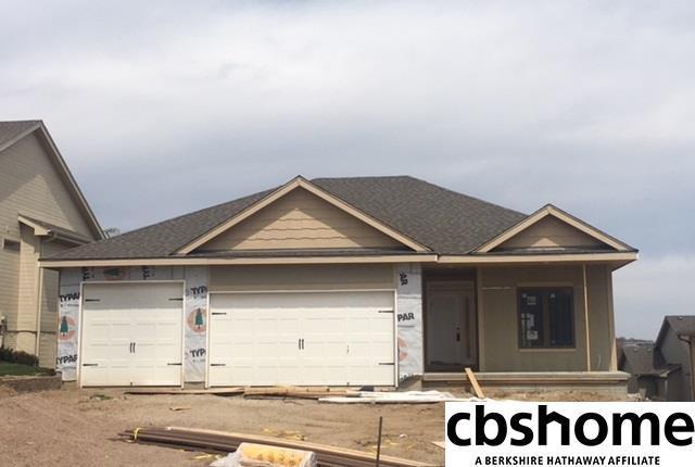 19628 G Circle, Omaha, NE 68135 (MLS #21806625) :: Complete Real Estate Group