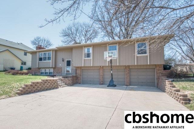 1018 N 145 Circle, Omaha, NE 68154 (MLS #21806696) :: Omaha's Elite Real Estate Group