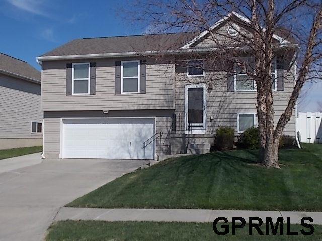 8207 S 159 Avenue, Omaha, NE 68136 (MLS #21806780) :: Omaha's Elite Real Estate Group