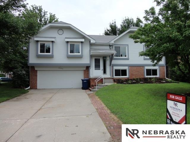 3406 Blackhawk Drive, Bellevue, NE 68123 (MLS #21815955) :: Complete Real Estate Group
