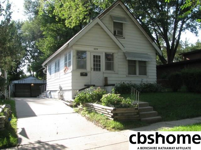 6254 S 38th Street, Omaha, NE 68107 (MLS #21815956) :: Omaha's Elite Real Estate Group
