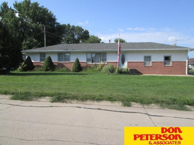 207 E Douglas Street, Coleridge, NE 68727 (MLS #21815959) :: Complete Real Estate Group